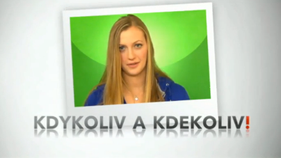 Petra Kvitová sleduje ČT sport na svém chytrém telefonu