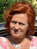 Simona Sta�ov�