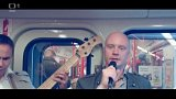 Jan Budař koncertuje v metru