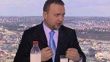 Marian Jurečka (KDU-ČSL), ministr zemědělství, 1. místopředseda strany; Pavel Kováčik (KSČM), stínový ministr zemědělství, předseda poslaneckého klubu