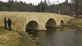 Oprava historického mostu