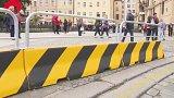 Bezpečnostních opatření v hlavním městě přibývá