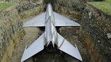 Pohřeb vojenského letounu