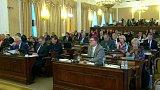 Jednání poslanců o lithiu
