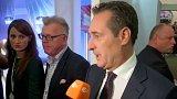 Rakouské volby vyhráli lidovci