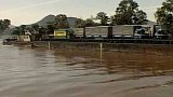 Plovoucí silnice - přeprava kamionů po vodě (1992)