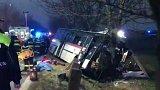Nehoda autobusu u Horoměřic u Prahy