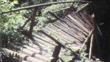 Zraněné děti při pádu dřevěného můstku na Posázavské stezce (1986)