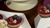 Malé vaření - valentýnské cup cakes - 2. část