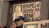 Protest proti stěhování Muchovy Slovanské epopeje