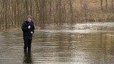Voda zaplavila silnici u Bošířan na Sokolovsku