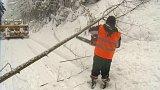 Sníh a stromy blokovaly tratě na Jablonecku
