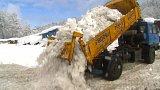 Liberecký kraj uklízí přívaly sněhu minulých dní