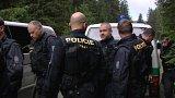Napadení policisty při blokádě na Šumavě nebylo trestným činem