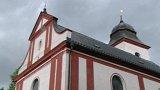 Začaly opravy kostela v Zahrádce u vodní nádrže Švihov
