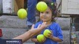 Light: Žongléři pomáhají dětem v krizi