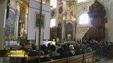 Stovky lidí se přišly rozloučit s Františkem Dohnalem