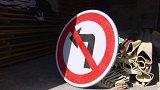Spor obcí o dopravní značku