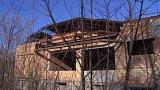 Spornou demolici sportovní haly prověří policie