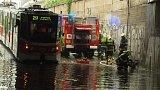 Přívalový déšť v Praze vytopil stovky sklepů