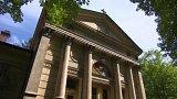 Karlovy Vary zachraňují unikátní krematorium