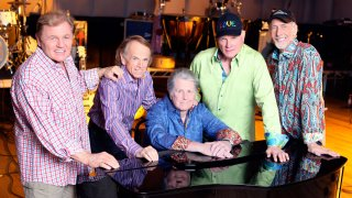 The Beach Boys: 50 let