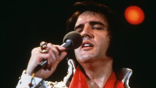 Elvis Presley: On Tour