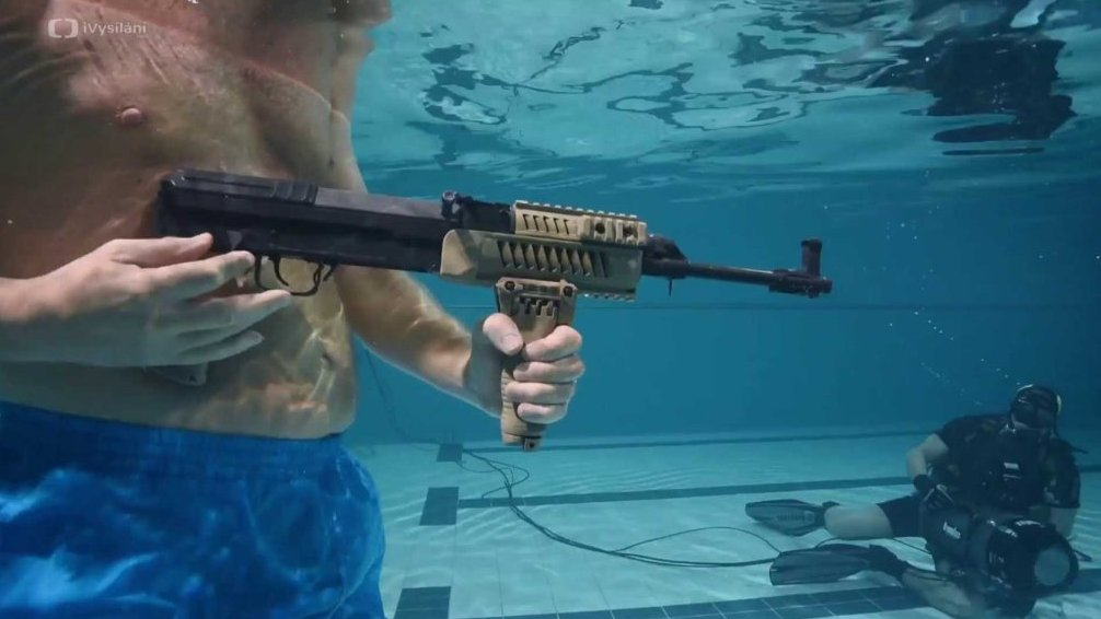 Střelba pod vodou