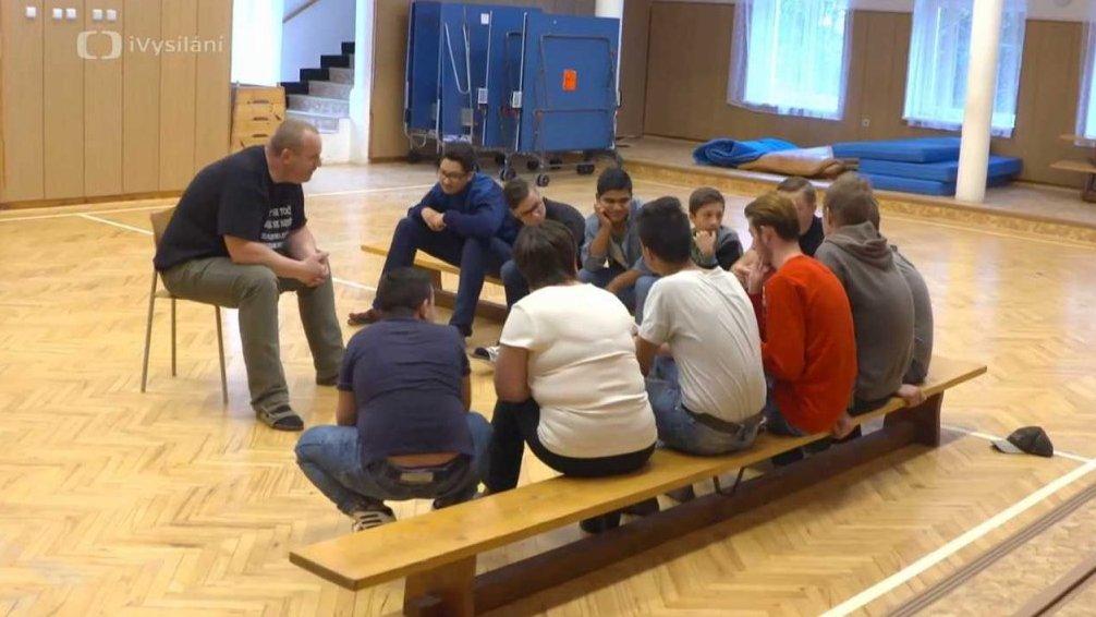 Chlapci z Těrlicka pomáhají dětem a dospívajícím s autismem