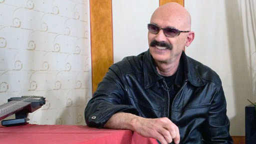 Tony Levin (English version)