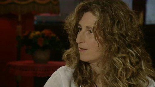 Vicki Genfan (English version)