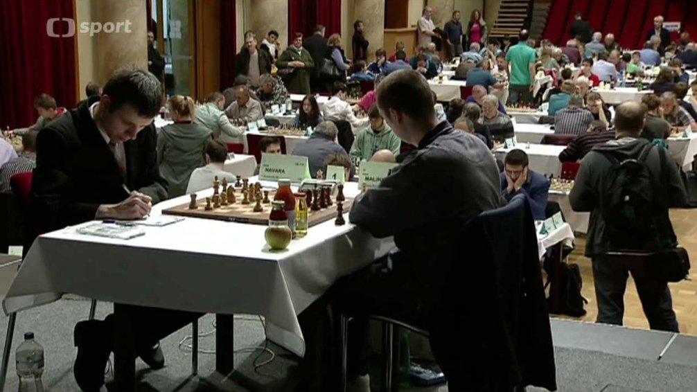 V šachu