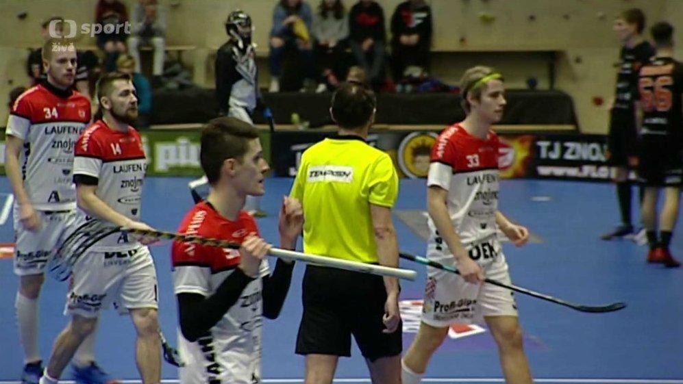 Florbal  TJ Znojmo LAUFEN CZ - Bulldogs Brno — Česká televize 782392fe35