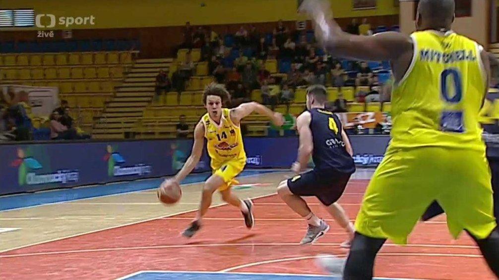 Basketbal: BK Olomoucko - BK Opava