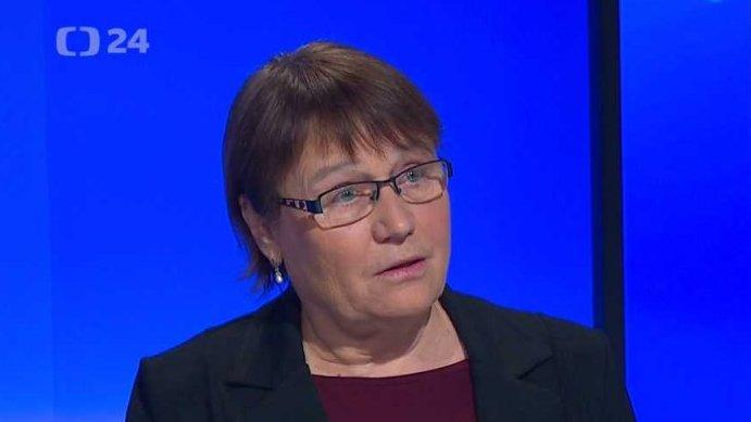 90' ČT24: Potřebujeme silnějšího ombudsmana?