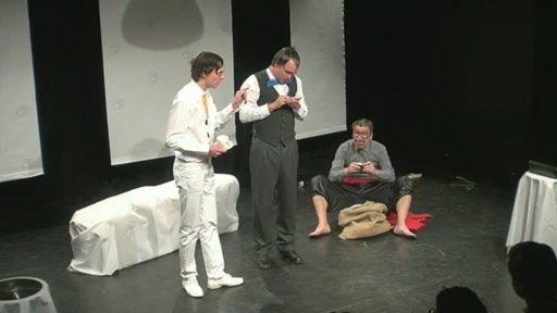 Divadlo Kampa: Štěňátko je mrtvé
