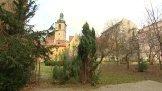 Dvorek Jind�i�sk� a dal�� �koln� dvorky a zahrady