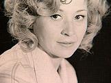 P��b�hy slavn�ch: Karolina Slun��kov� � 80 let Bylo to slun��ko