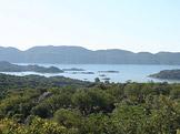 Kekova Bay � z�toka, na jej�m� dn� se nach�z� n�kolik zatopen�ch antick�ch m�st