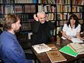 Ing. Martin Slaboch, Vladim�r �ech s Helenou Vold�novou, kter� zpracovala rodokmen V. �echa deset generac� zp�tky