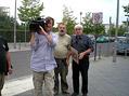 Nat��en� v Berl�n�. Zleva: kameraman Petr Hyk�, re�is�r V�clav K��stek a historik Jaroslav �van�ara.