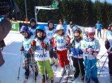 Třetí den vBílé přilákal místní lyžařskou školu, děti tak měly ozábavu postaráno.