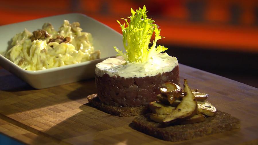 Srnčí tatarák awaldorfský salát