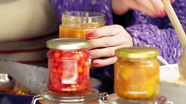 Chutný pečený čaj chutí ako od babičky. Urobte si ho doma aj vy. Je skvelý spoločníkom na dlhé zimné dni