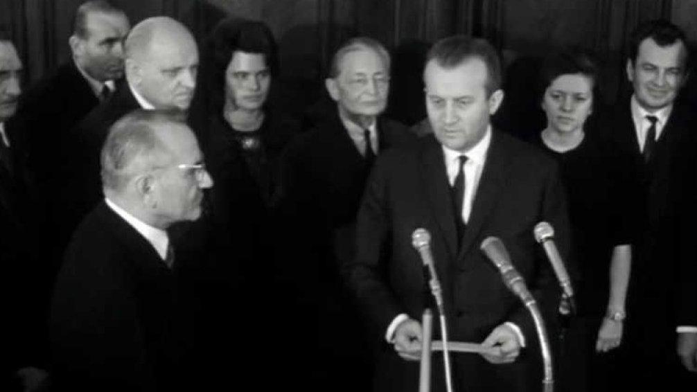 Protokol z abdikace prezidenta - Knapp o právní situaci