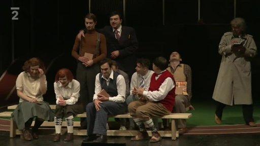 Divadlo žije!