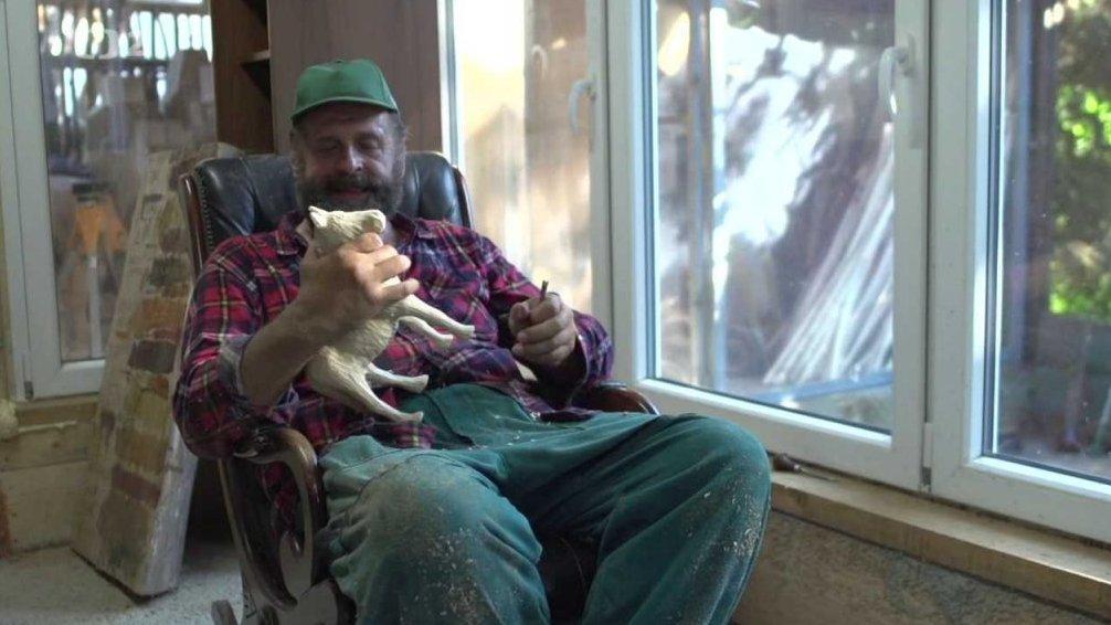 Náš venkov: Řezbář z Guinnessovky