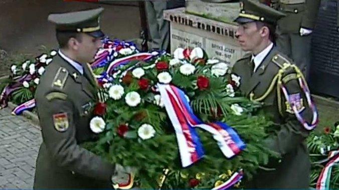 Mimořádné pořady ČT24: Pietní shromáždění k uctění památky obětí komunismu