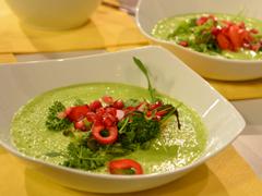Raw lehká hrášková polévka