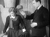 Fotograf a amat�rsk� filma� Zden�k Tou�imsk� ve sv�m ateli�ru (1932)
